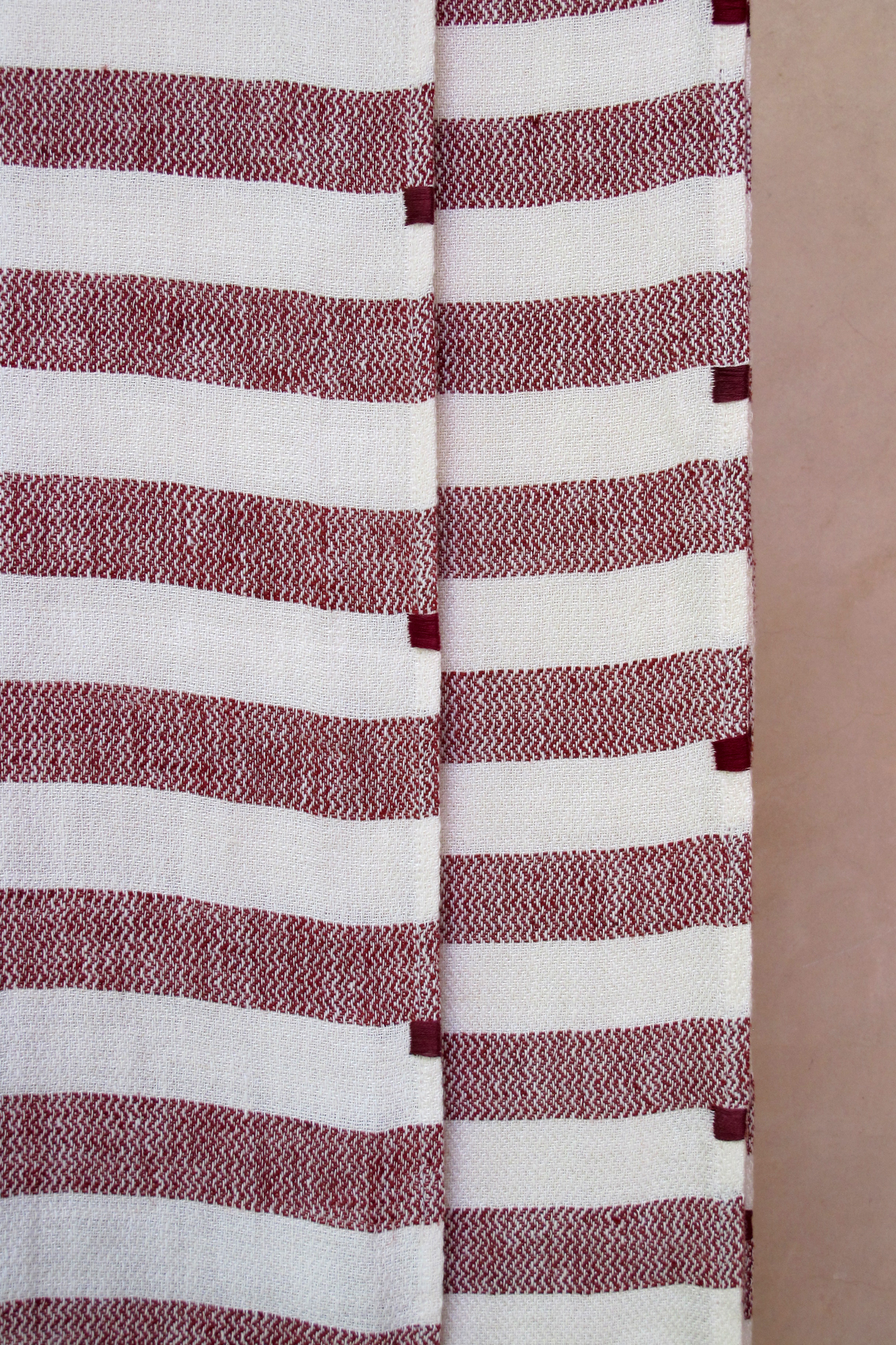 bathlinen_serviette_invitee_riga_bordeaux_10.jpg