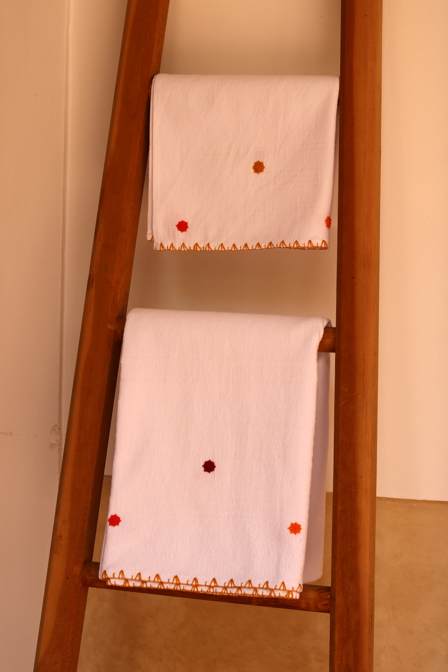 bath_towel_Izmir_orange_1.jpg