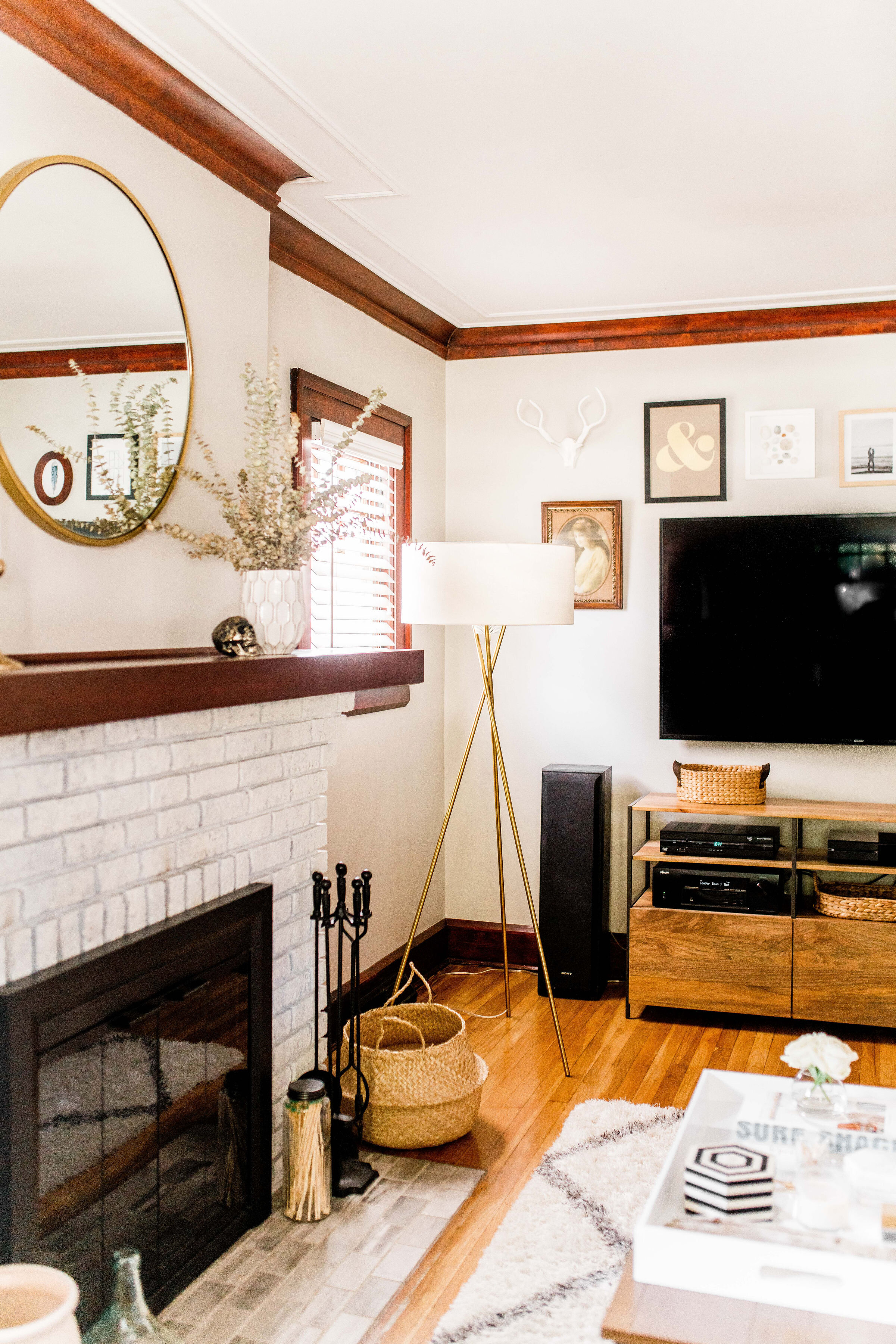Cozy-living-room-lakewood-ohio.jpg