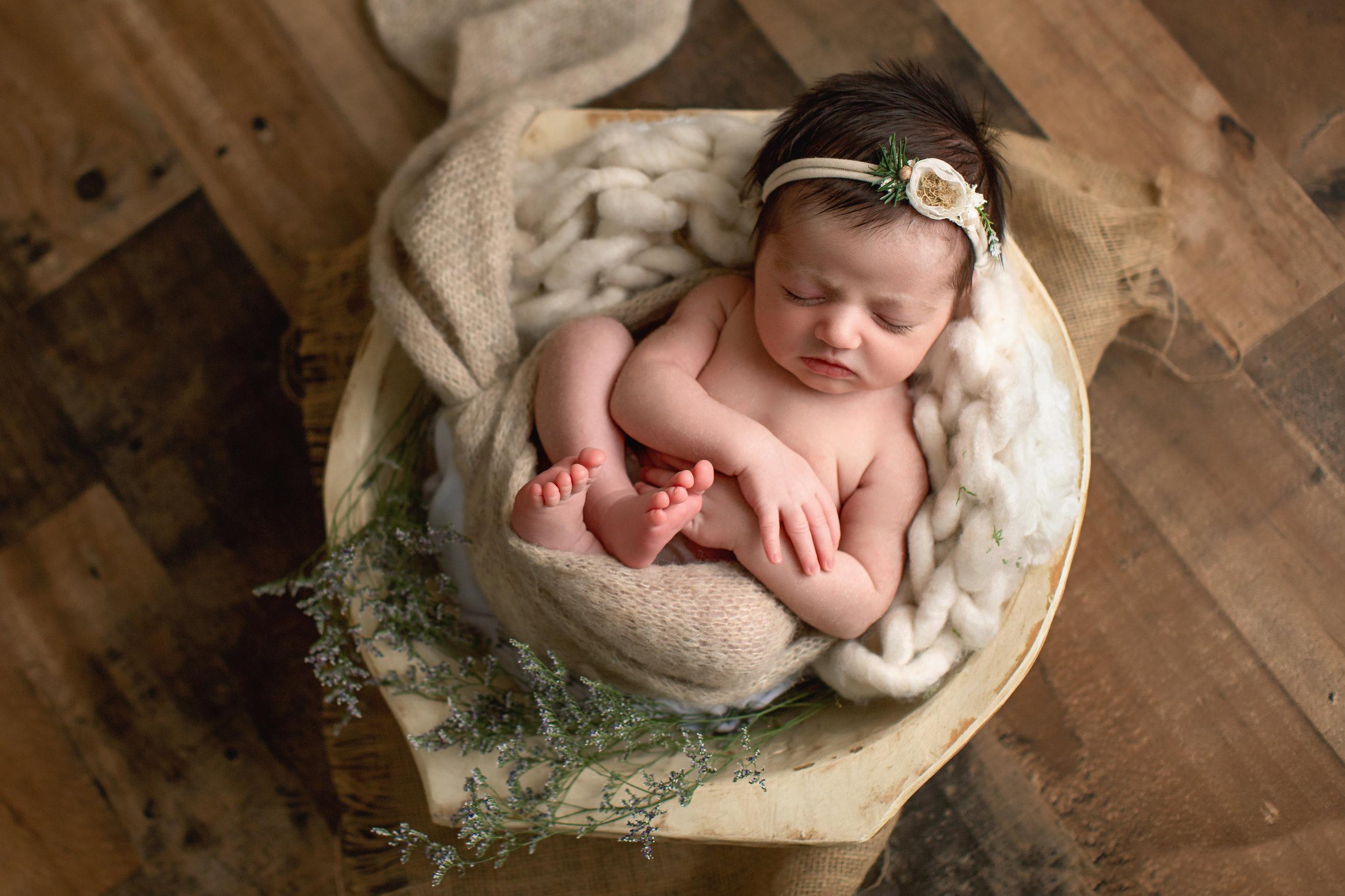 Best Naperville Newborn Photographer