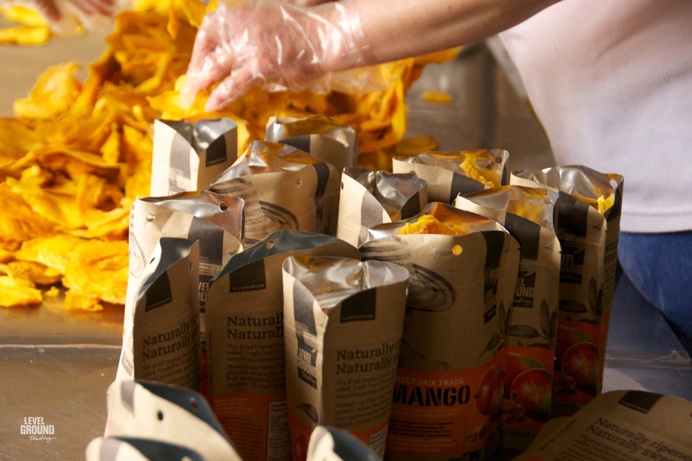 packaging dried mangoes