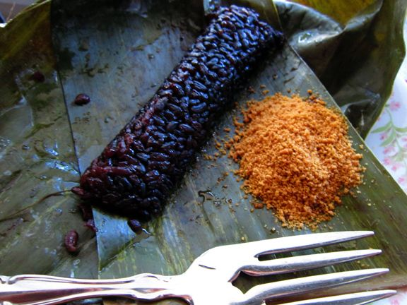 Suman with violet rice