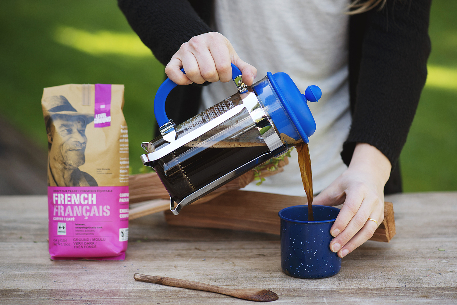 French press with French roast coffee