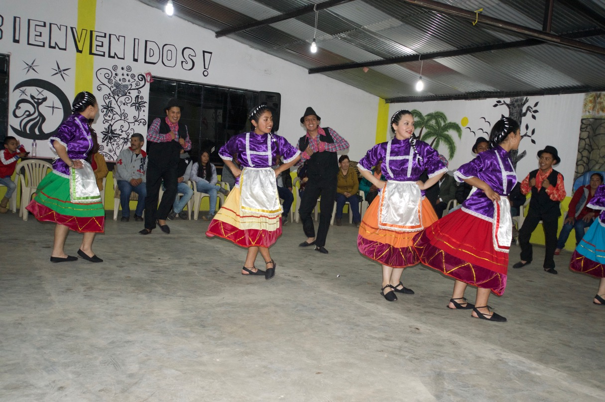 A traditional dance from Nariño on the last day of the meeting.