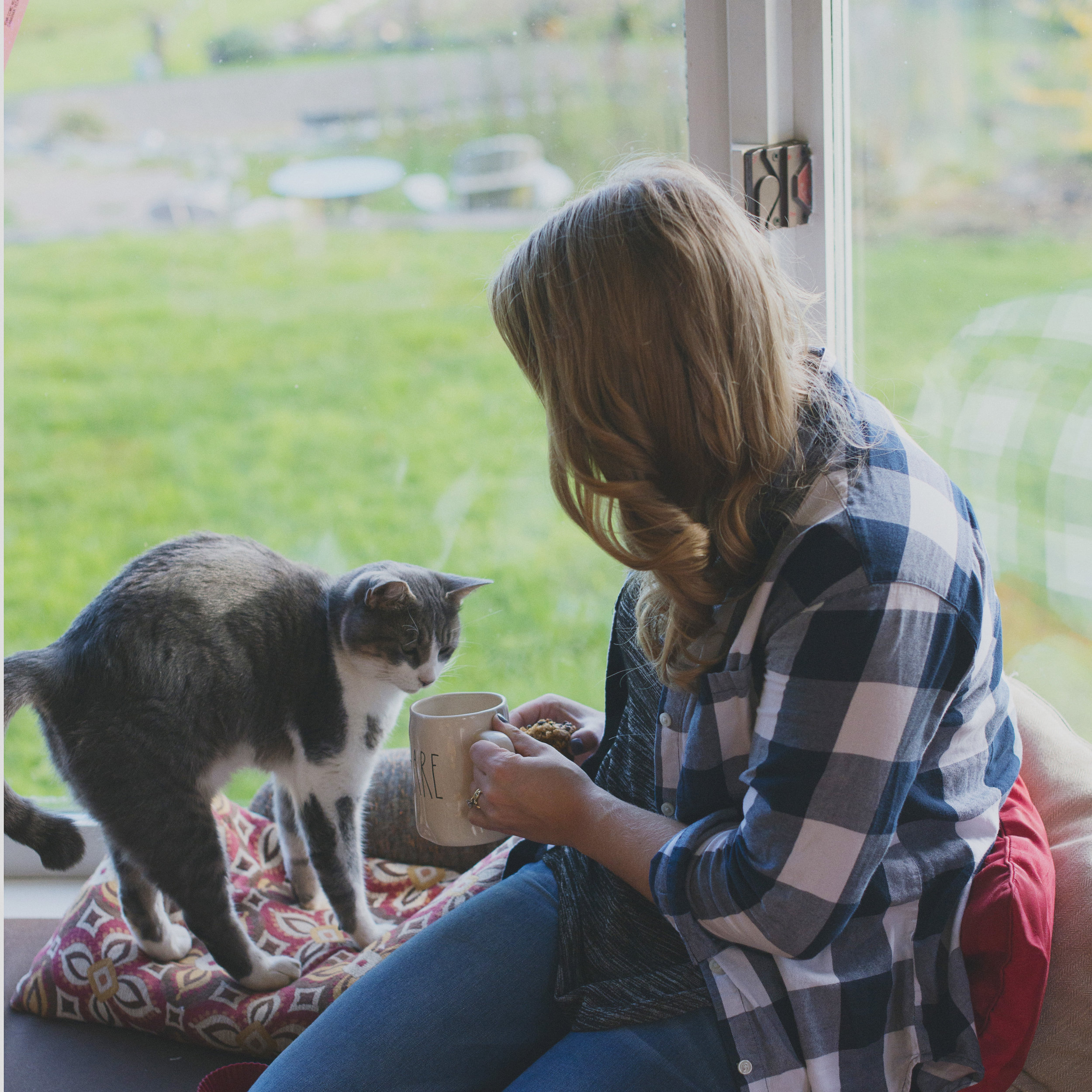 Alternative to fancy coffee words? Find the nearest cat and occupy yourself. Works 60% of the time (signficantly less if there is no cat, or if you have allergies).