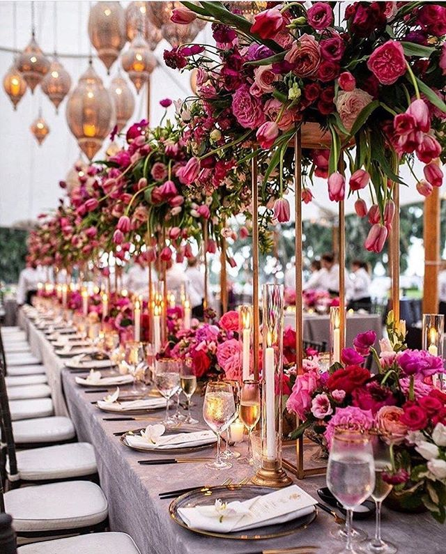 Can we just take a moment to appreciate this table couture. I need to hash tag that. . 📸 @chiachong 🎉 @michellerago 📍 @fordplantation 💞 @womangettingmarried  ________________________________________________ . ✈️ Planning a destination wedding or luxury vacation of a lifetime, and have no clue where to start? . 🗓 Book your complimentary, consultation to get all your questions answered by our award winning team 🏆 . 💌 info@beachbouquet.ca 💻 www.beachbouquet.ca 📱 @beachbouquet on Insta & FB . 🚫 2019 Bridal Calendar Officially Closed💁🏽‍♀️ HELLO 2020,2021,2022 ________________________________________________ . #tablecouture #fordplantation #ultimatetablesetting #tablesetting #beachbouquet #dreamwedding #luxurywedding #destinationwedding #destinationweddingplanner #hardrockwedding #palaceresortswedding #moonpalacewedding #luxurytravelagent #wedding #engagementring #engagementphoto #engagementparty #engagementshoot #indiandestinationwedding #destinationindianwedding #destinationindianweddingplanner #destinationweddingphotographer #indiandestinationwedding