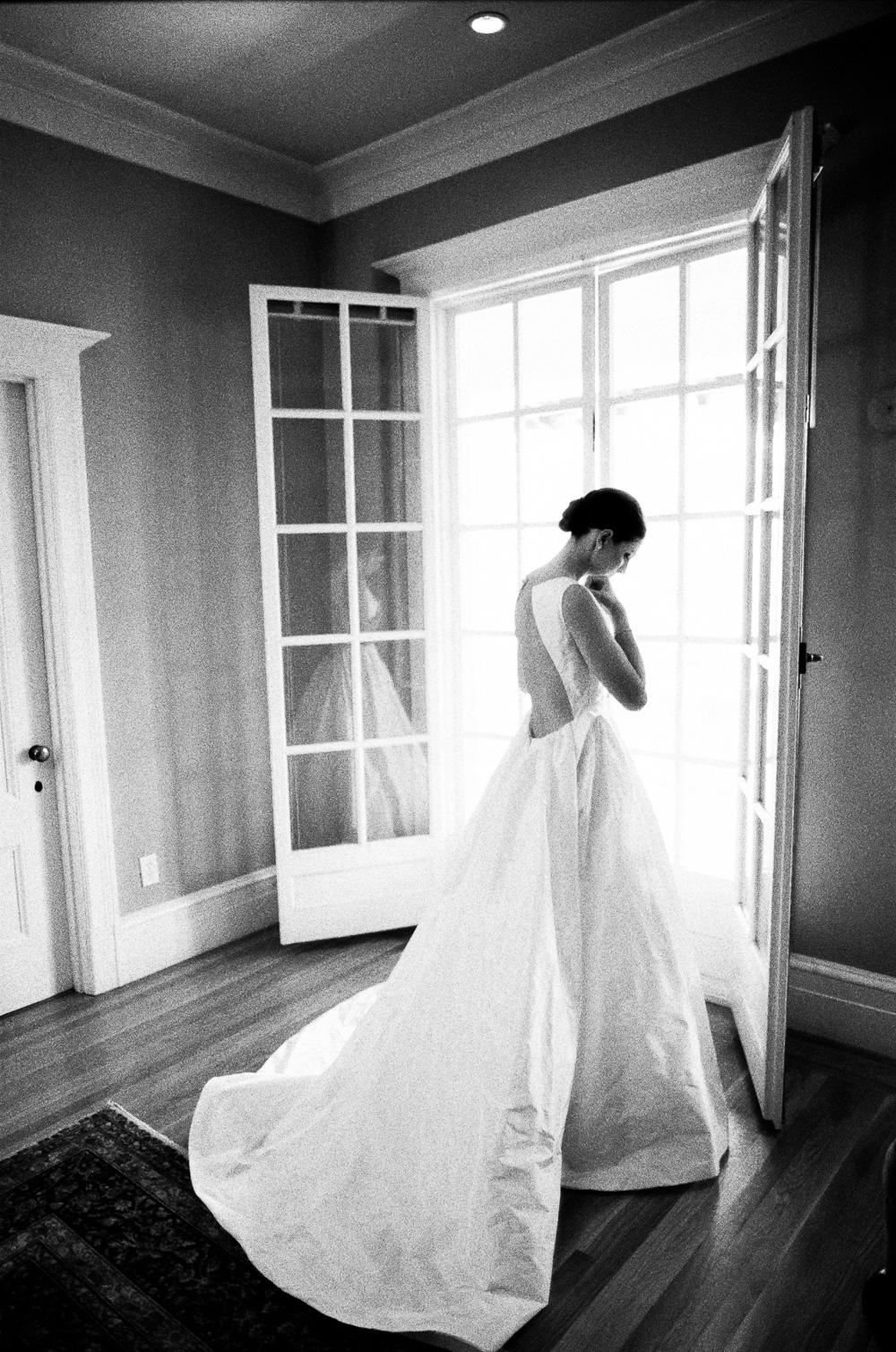 thedejaureguis-Villa-Montalvo-wedding-001.jpg