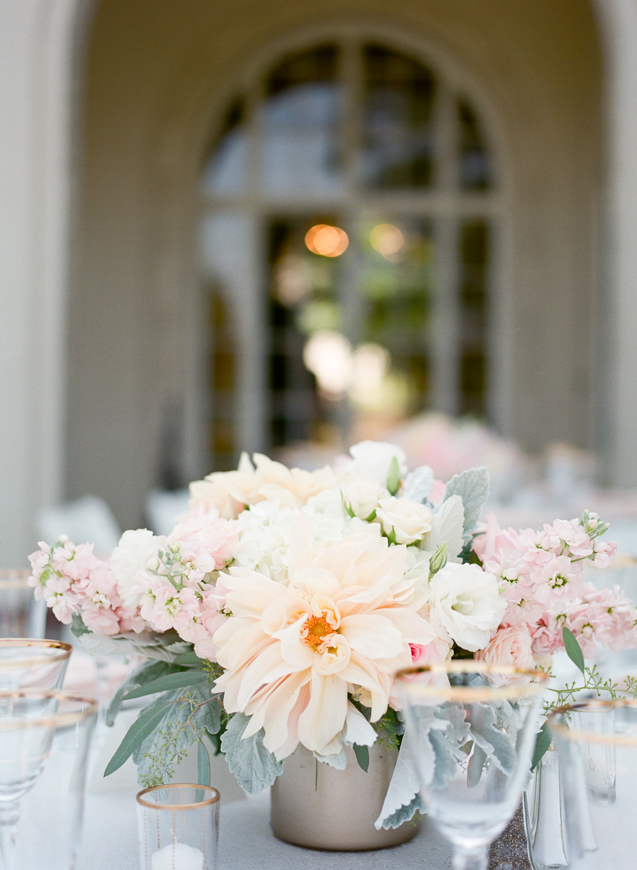thedejaureguis-Villa-Montalvo-wedding-023.jpg