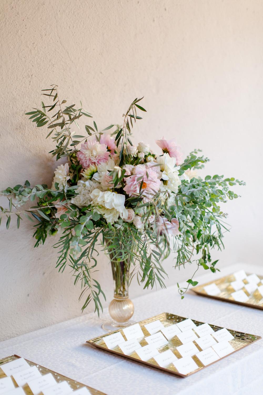 thedejaureguis-Villa-Montalvo-wedding-030.jpg
