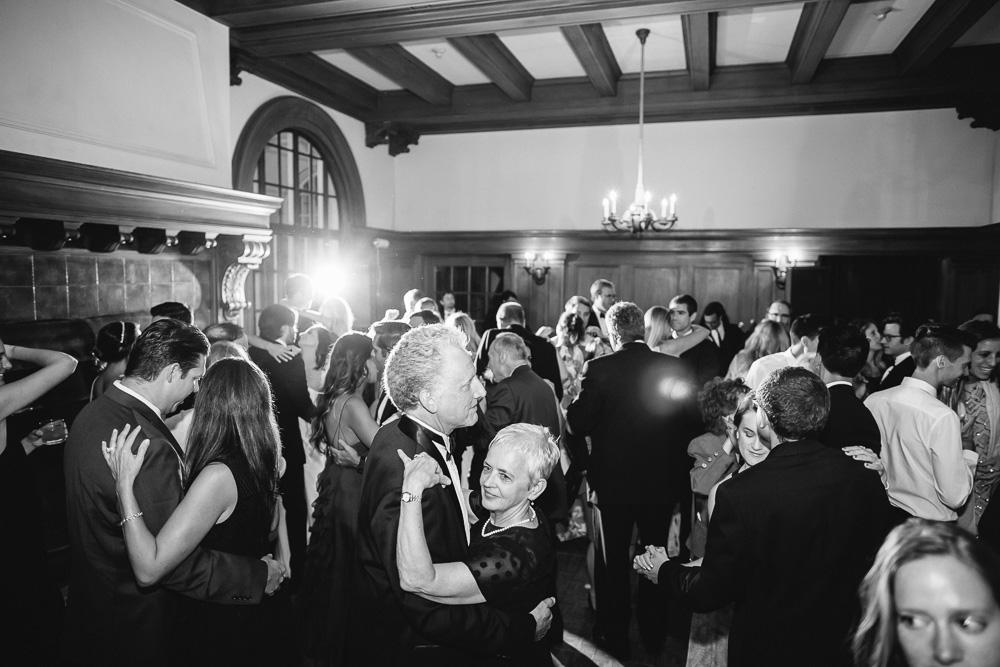 thedejaureguis-Villa-Montalvo-wedding-090.jpg