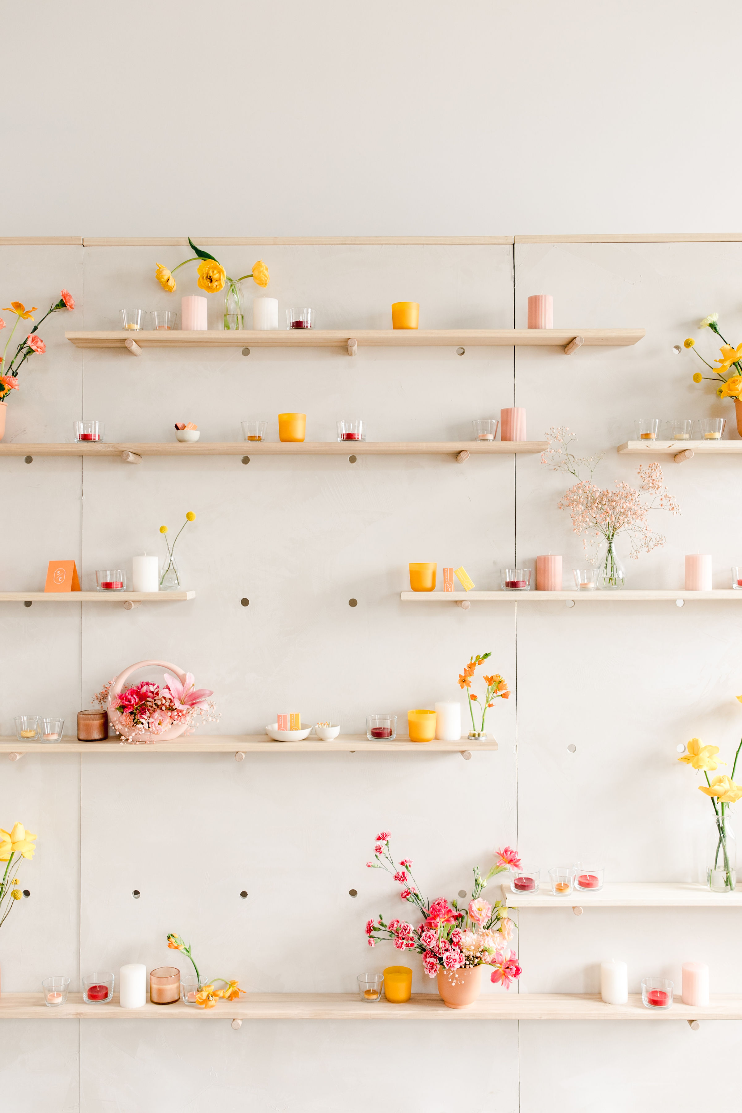 Sunny Brunch - COMING SOON TO ROCKY MOUNTAIN BRIDE / WINTER 2020Design + Styling: Paperdoll + Photography: Shannon Yau + Florals: Faint Floral + Stationery: Paper Ocelot + Wardrobe: Adorn + Hair and Makeup: Top Knot Brides + Venue: The Commons
