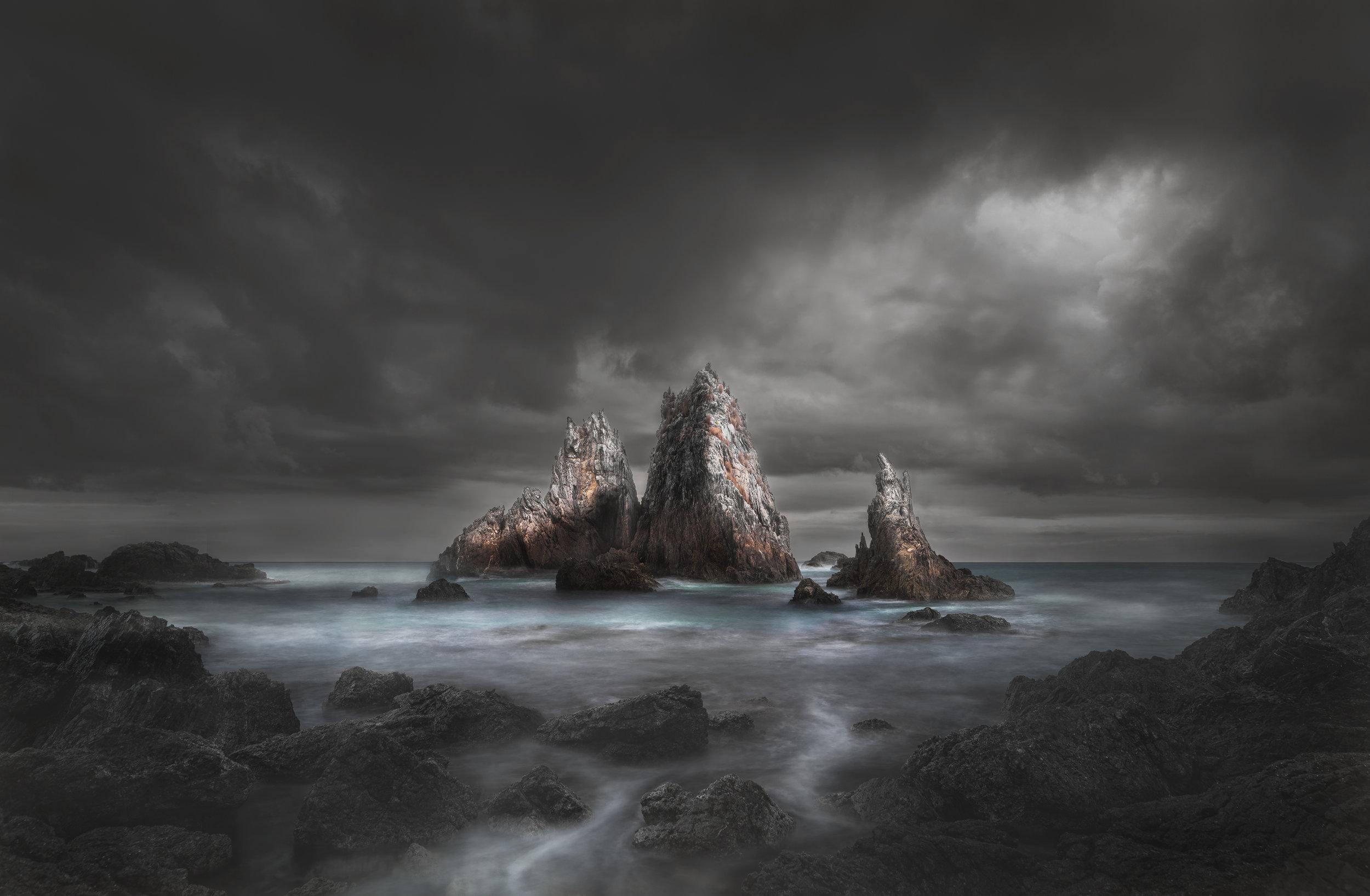 camel rock Black fog 3000.jpg