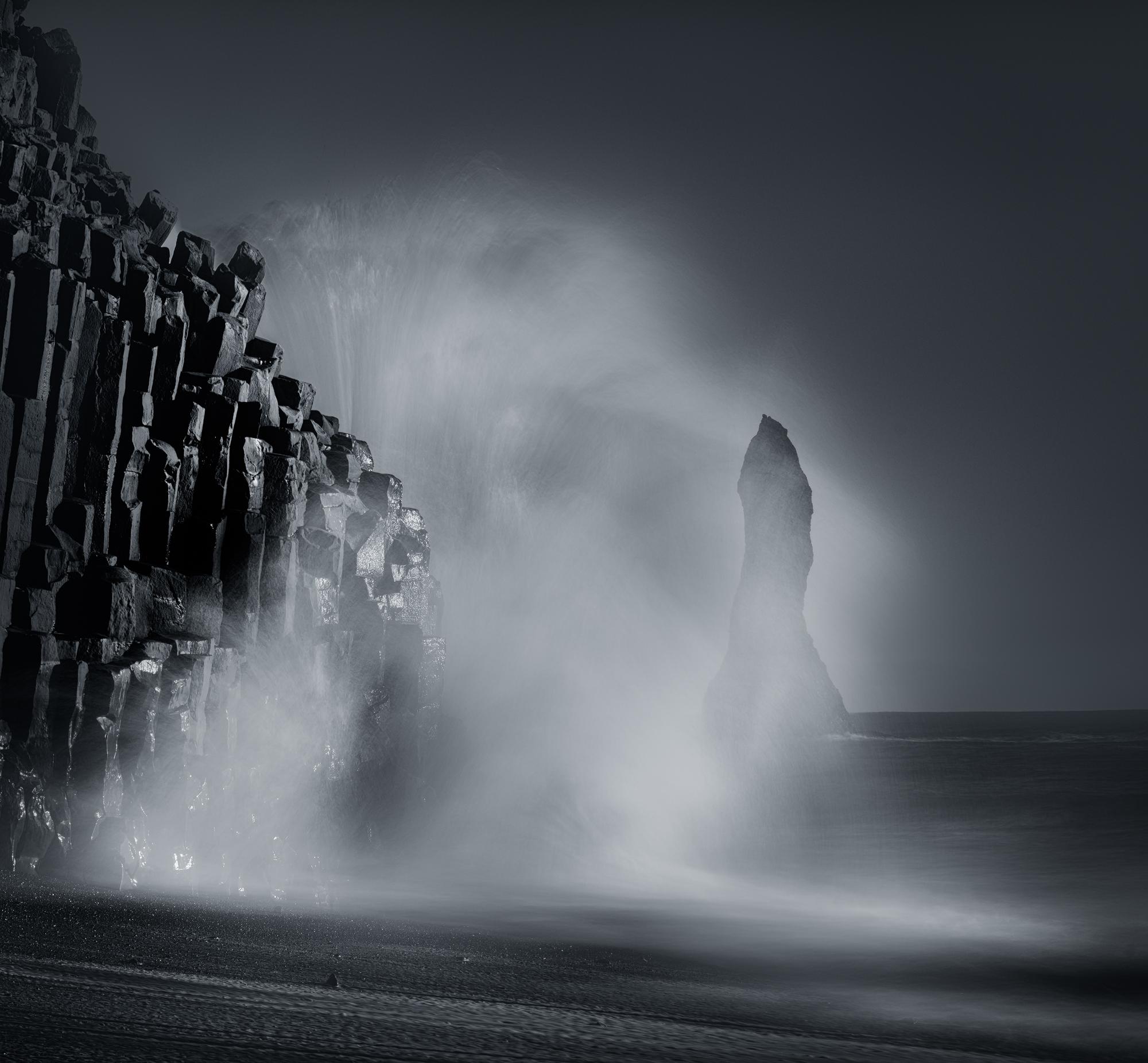 Vik Beach Splash.jpg