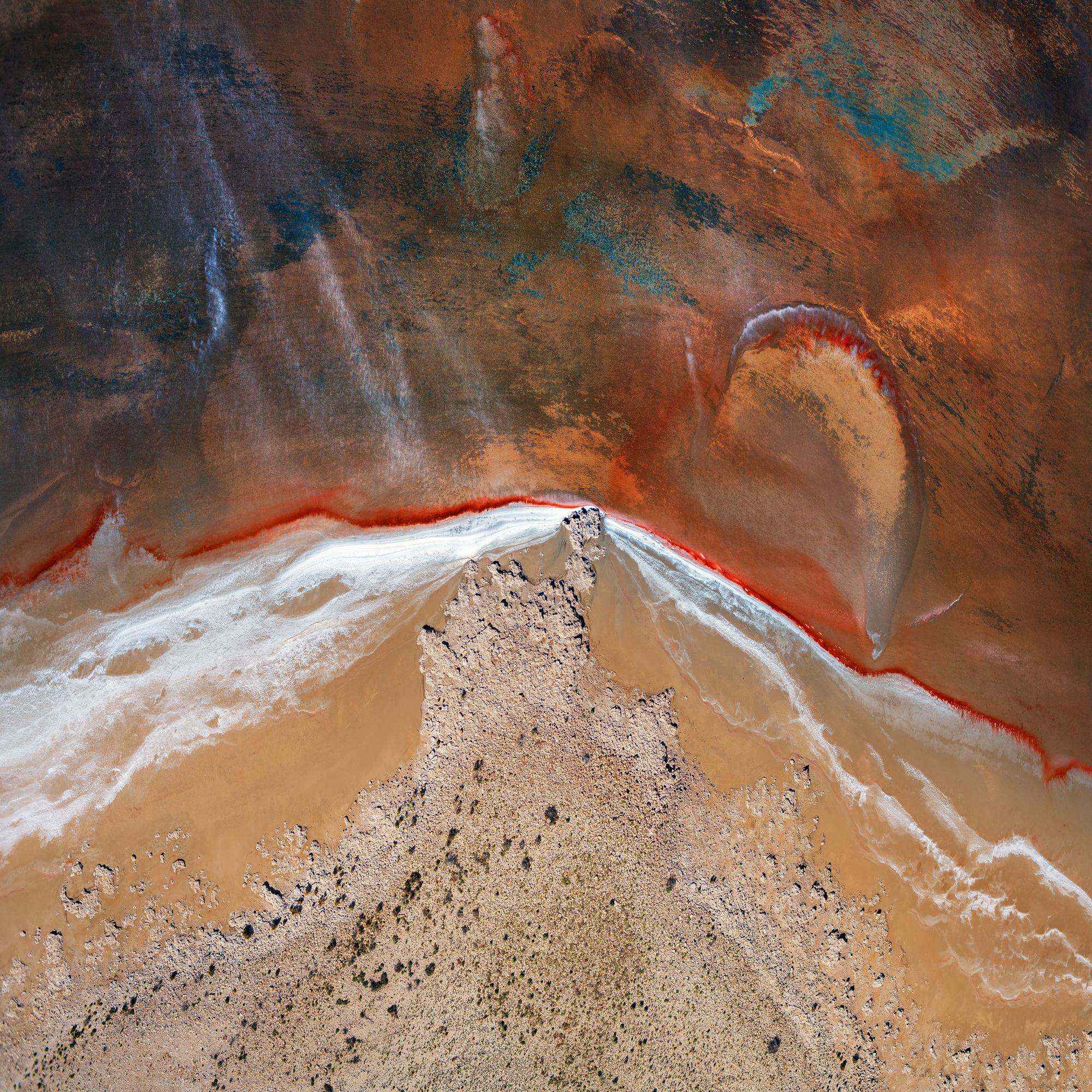Lake eyre 1.jpg