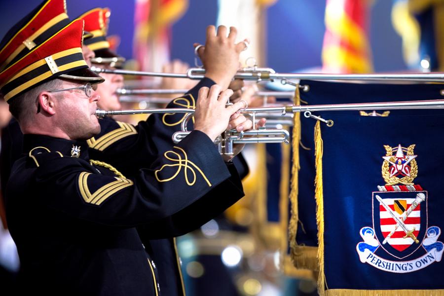 trumpeters02.jpg
