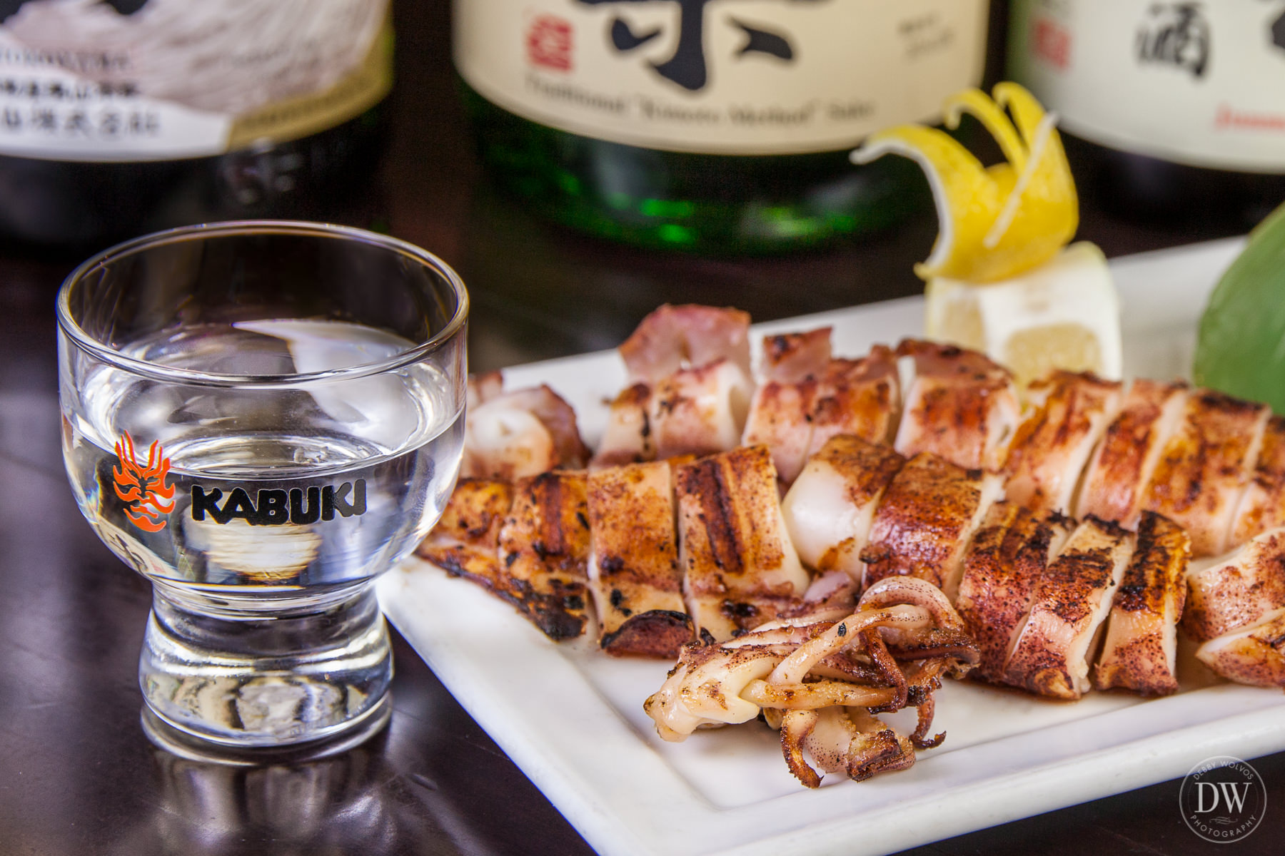 To accompany the grilled calamari, Yuji likes a dry sake like Otokoyama Tokubetsu Junmai.