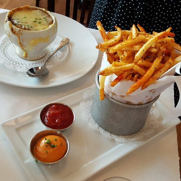 french onion soup.jpg