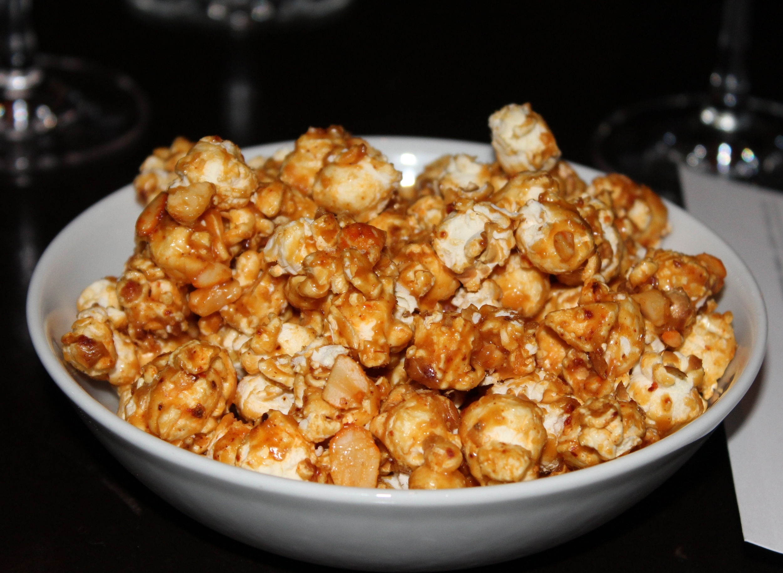 Caramel-bacon popcorn