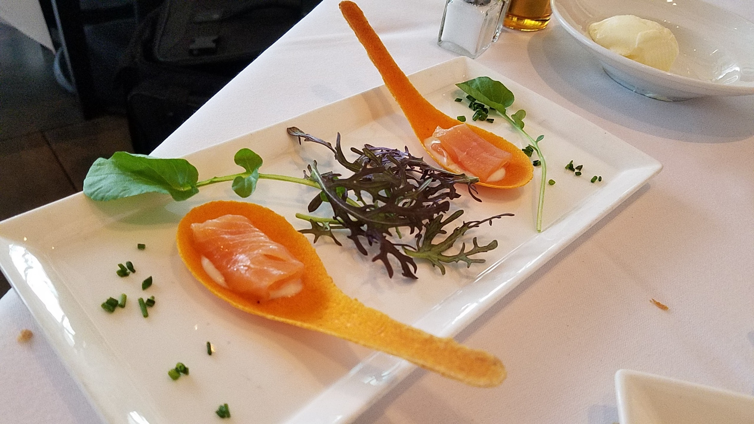 Smoked salmon amuse