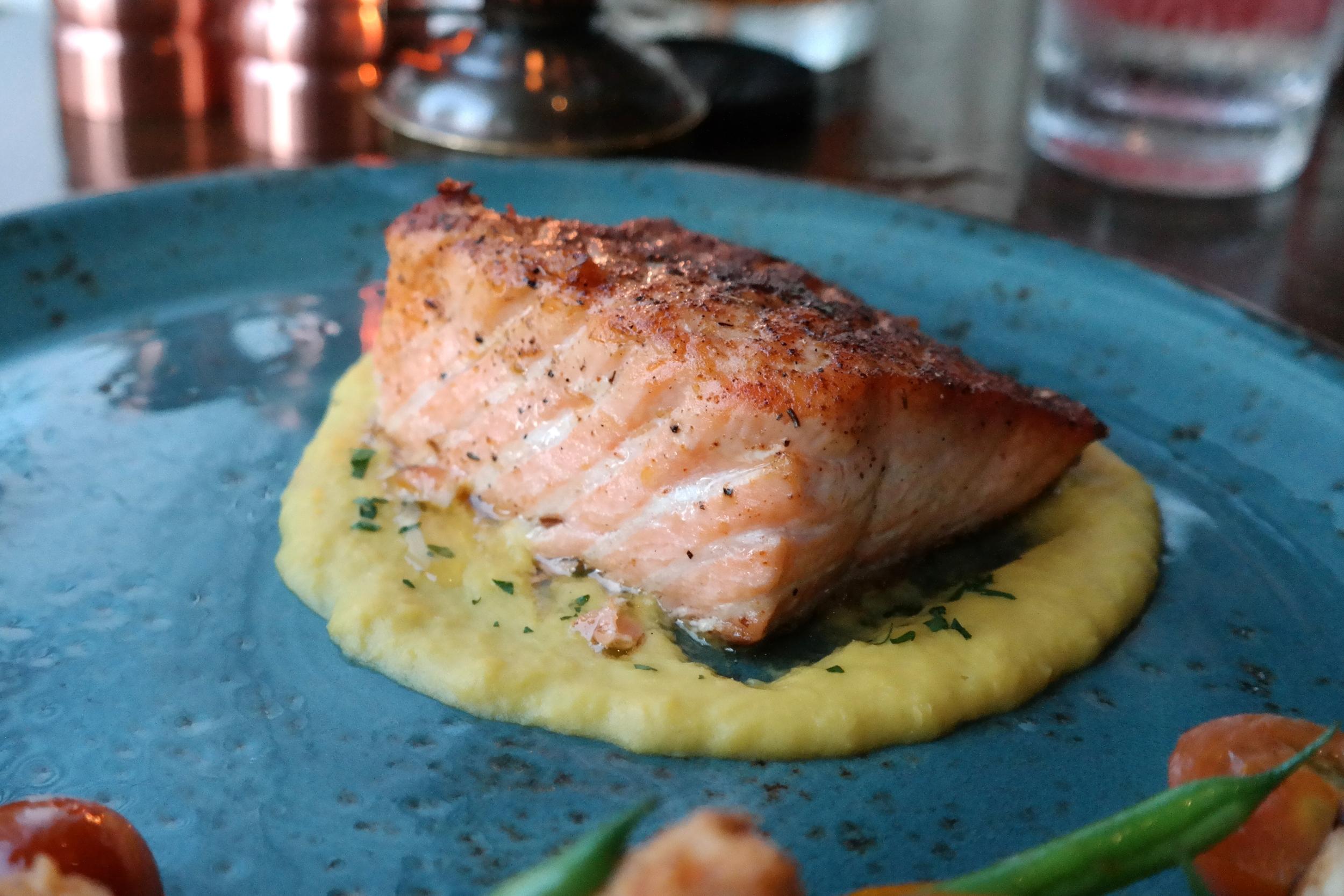Salmon on sweet corn puree