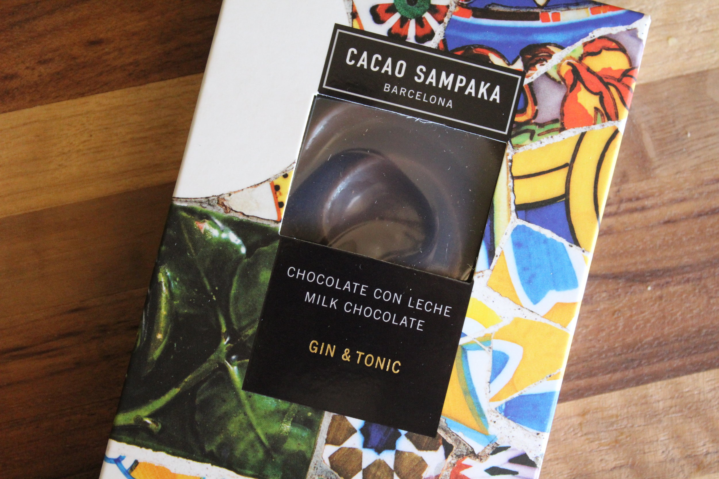 Gaudi Cacao Sampaka Gin and Tonic Chocolate Bar