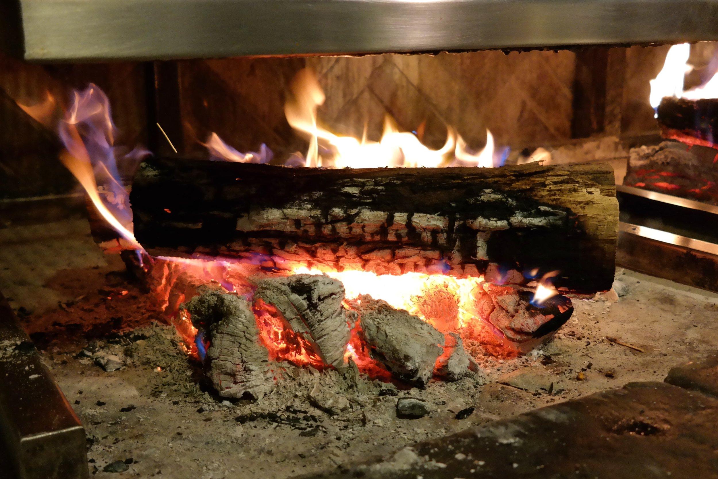 Tapas Bar woold grill Prado