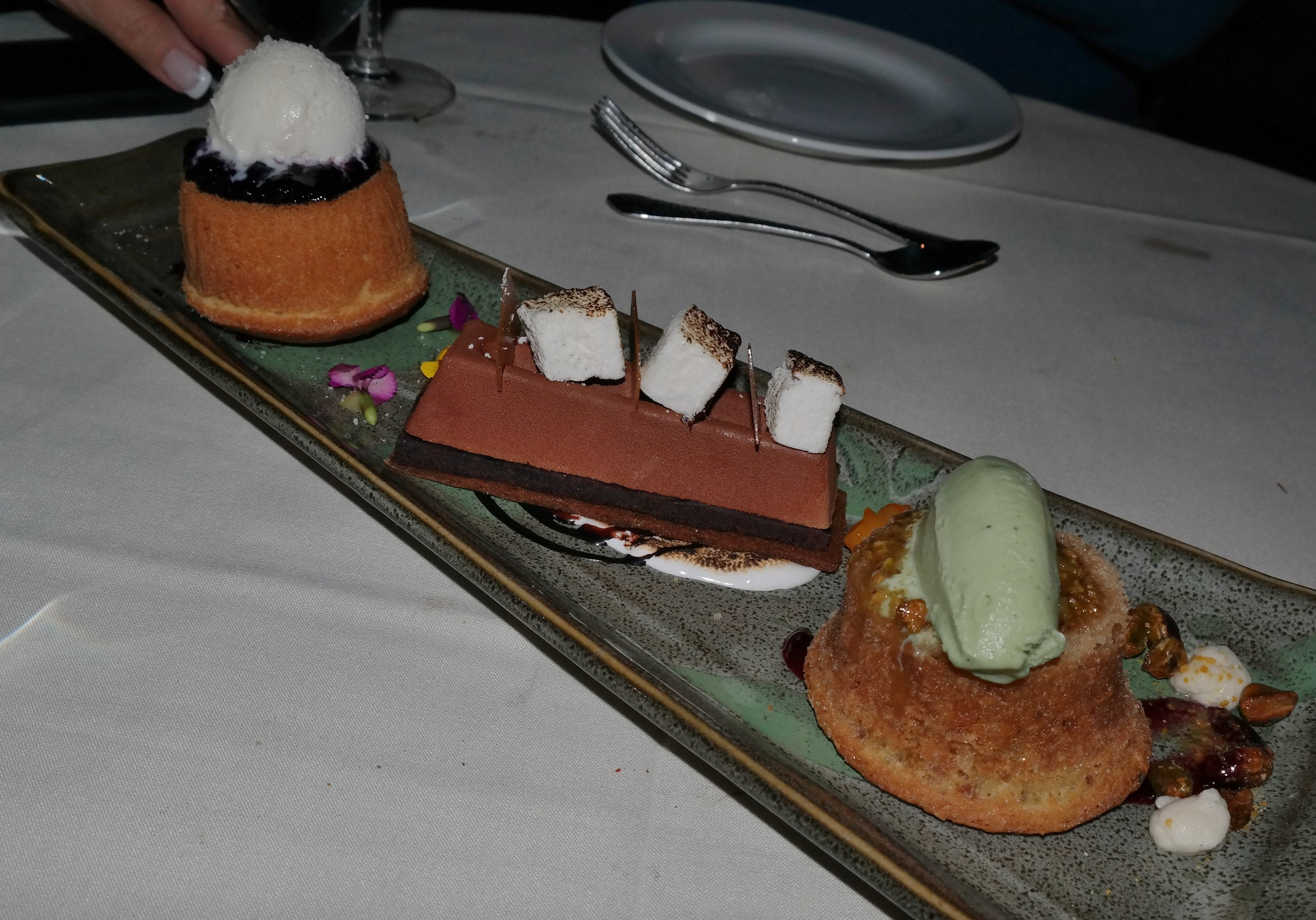 Dessert Lon's Hermosa