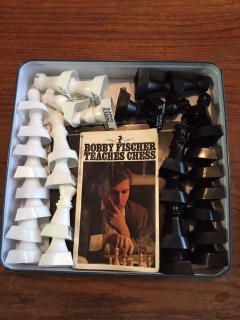 Bonus peek inside my obsessive compulsive behavior! This is how I insist on organizing the interior of my chess box. It's a very precise arrangement.