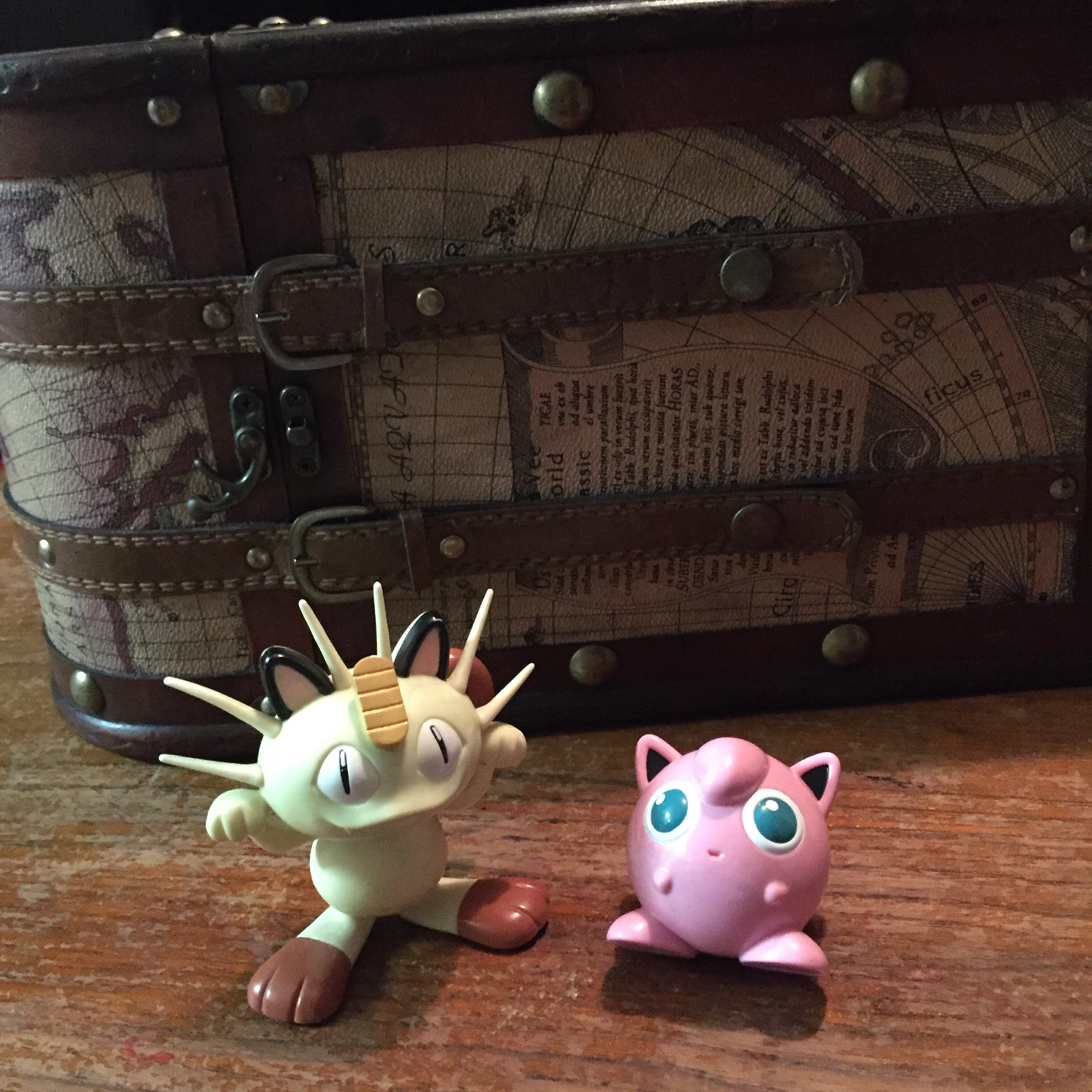 Deluxe Japanese screaming Meowth and scotch tape dispenser Jigglypuff were in the treasure chest