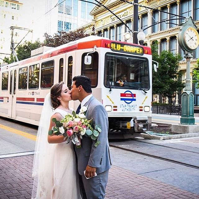Loved this cute couple and that bouquet didn't hurt either. #utahflorist #willoweucalyptus #downtownslc 📷: @jennajuliannellc