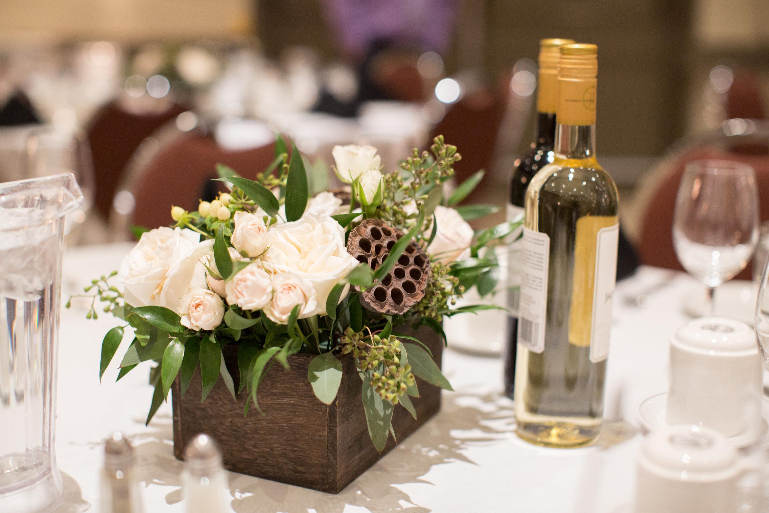wedding flower centrepieces based in alberta