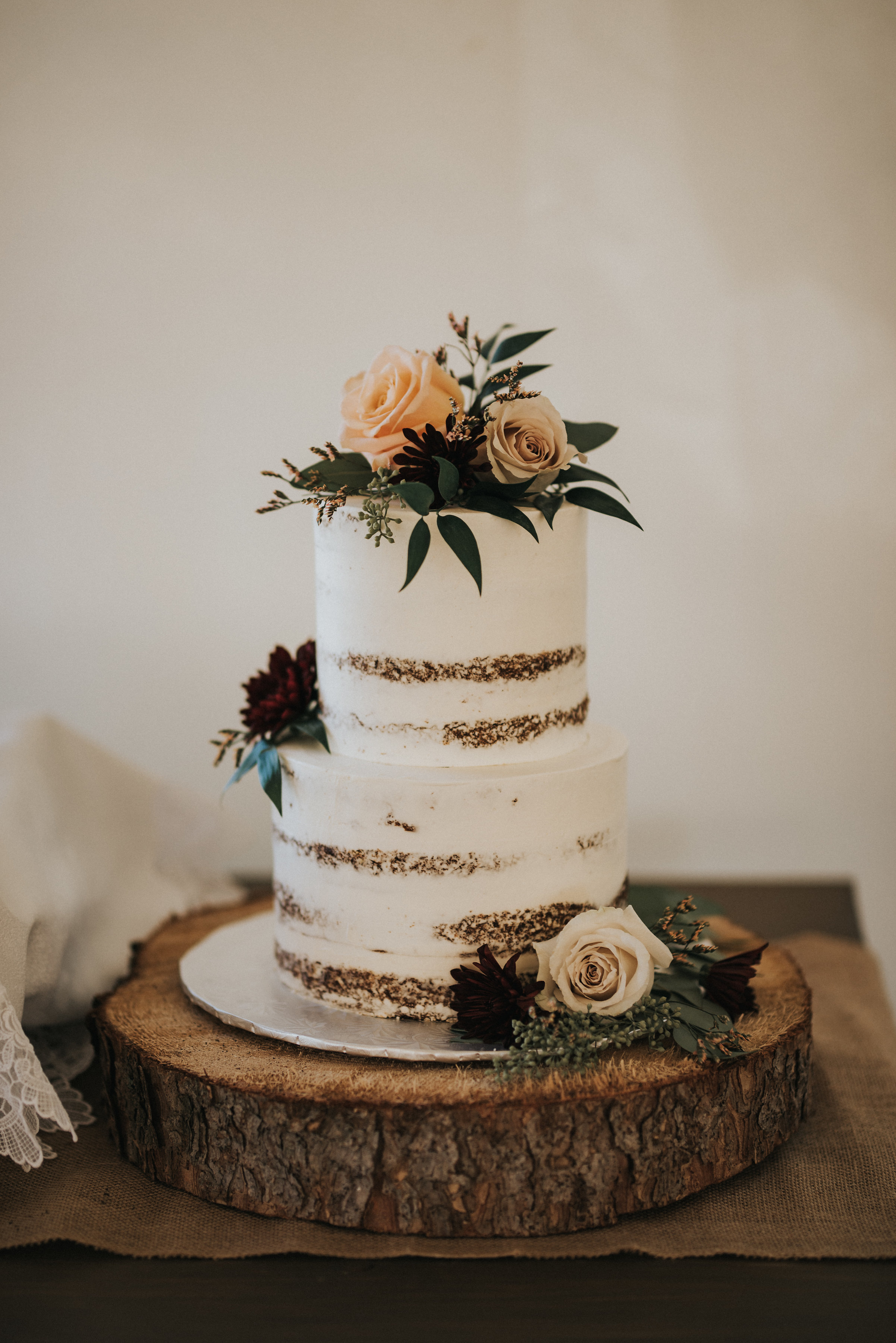 wedding cake flowers for alberta wedding