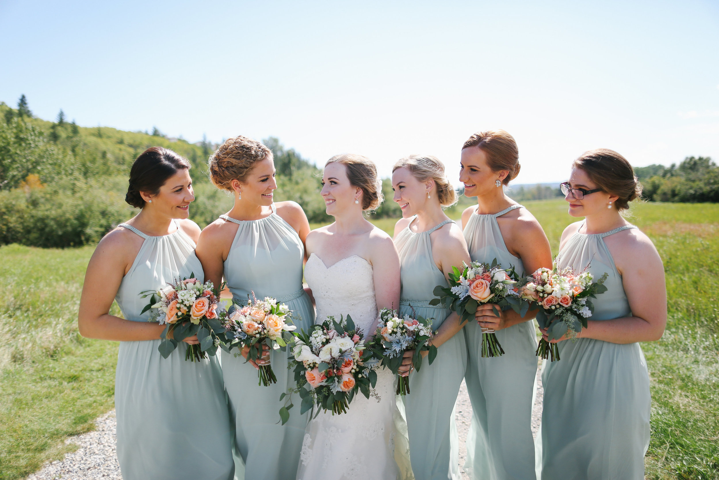 bridesmaids and bridal wedding flower bouquets