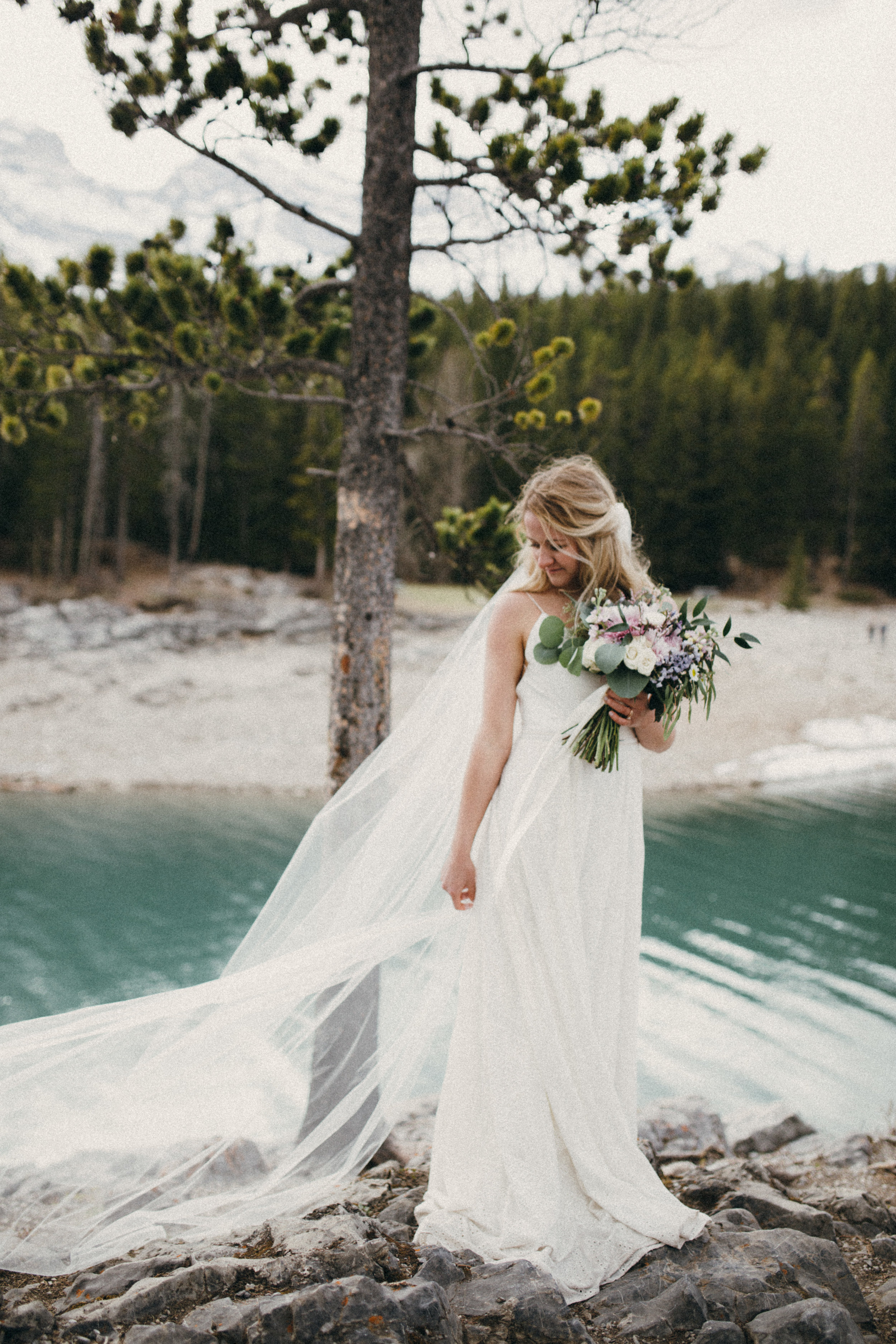 bridal bouquet in canmore, alberta