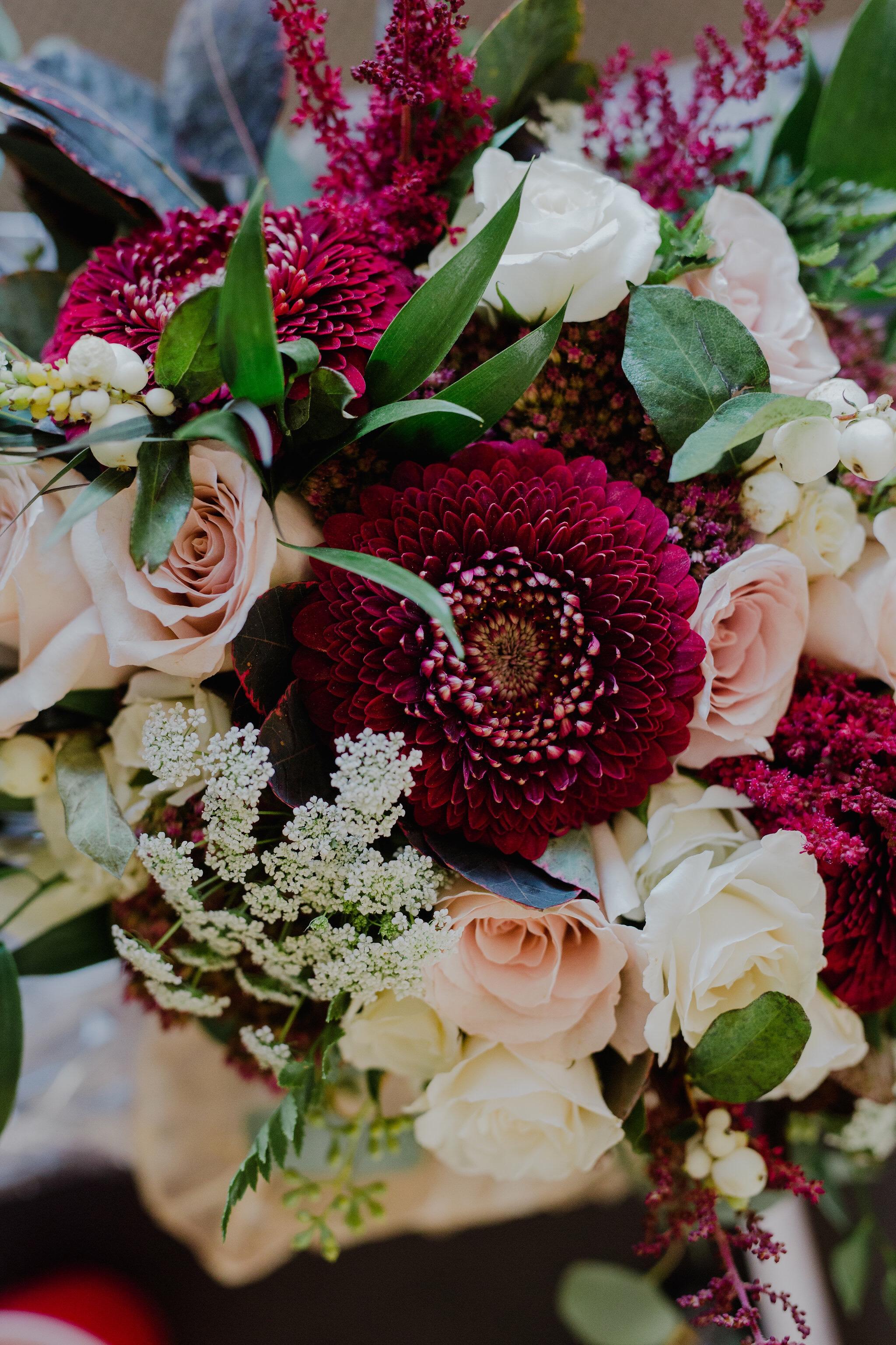 canmore alberta wedding flower arrangements