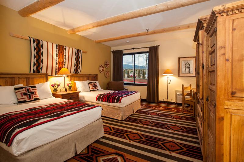 Lodge-Santa-Fe-Room2.jpg