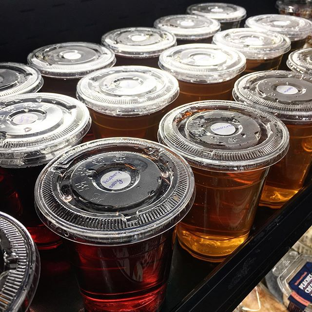 New at Bourbon Foggy Bottom: cold brew iced teas! These teas are stepped in cold water for an extended period of time for even more flavor. Find them in our cold case on your next visit! . . #Bourboncoffee #dc #bourbonfoggybottom #coldbrew #coldbrewicedtea #icedtea #summertime #coffeeshop #refreshing #summerseasonal