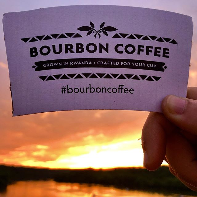 Serving you a taste of Rwanda all the way till the sun sets 😊 #potomacsunset #dawntilldusk #bourboncoffee