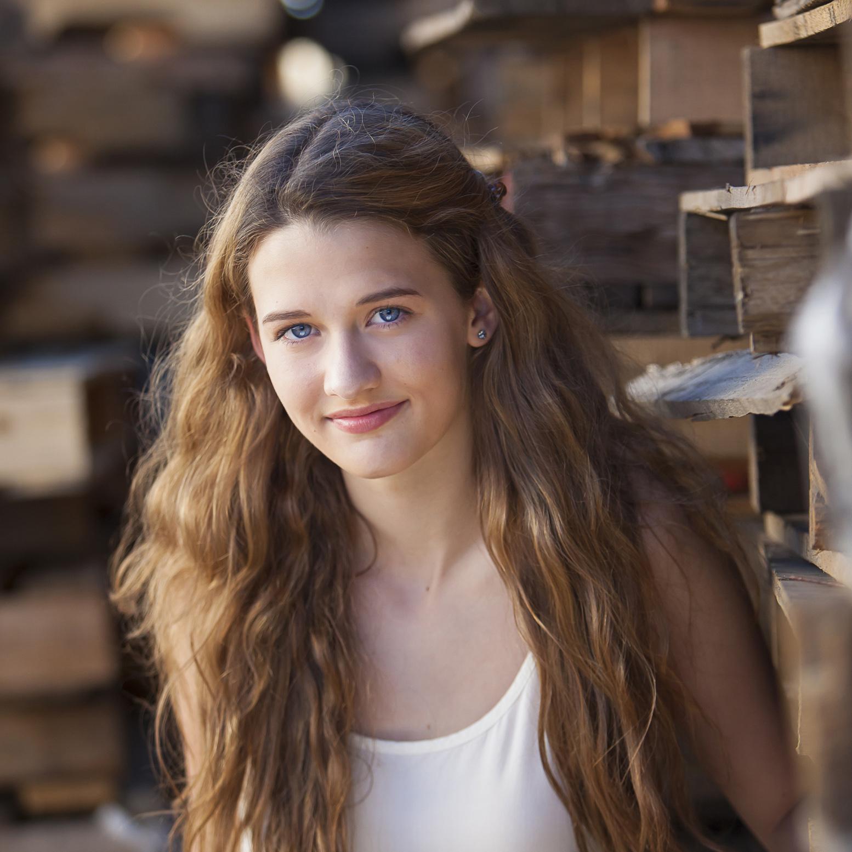 High School Senior Pictures in Denver with photographer Jennifer Koskinen | Merritt Portrait Studio