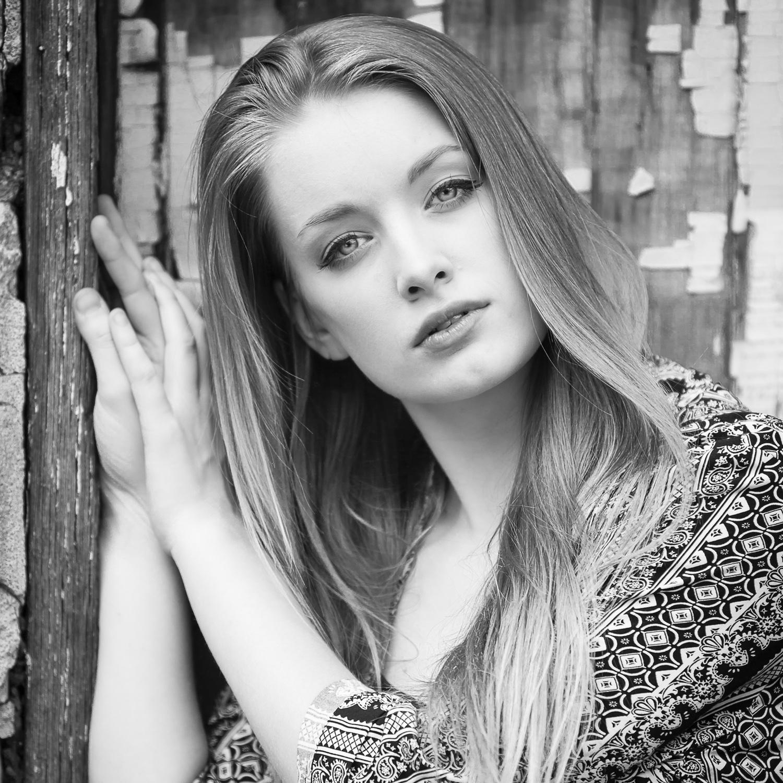 Fashion-Beauty inspired black and white High School Senior Portrait, with Denver photographer Jennifer Koskinen, Merritt Portrait Studio
