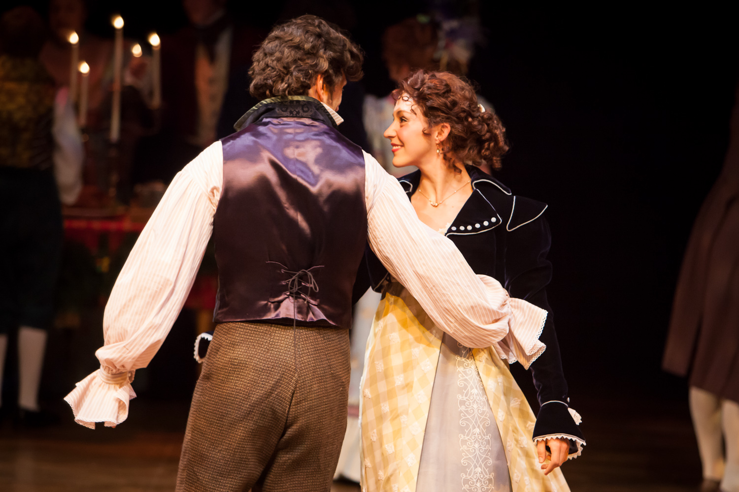 Scott McLean and Courtney Capek in A CHRISTMAS CAROL at the Denver Center Theatre Company, photo by Jennifer Koskinen