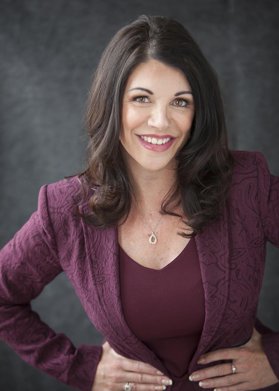 Modern Personal Branding Portraits with Denver Photographer Jennifer Koskinen   Merritt Portrait Studio