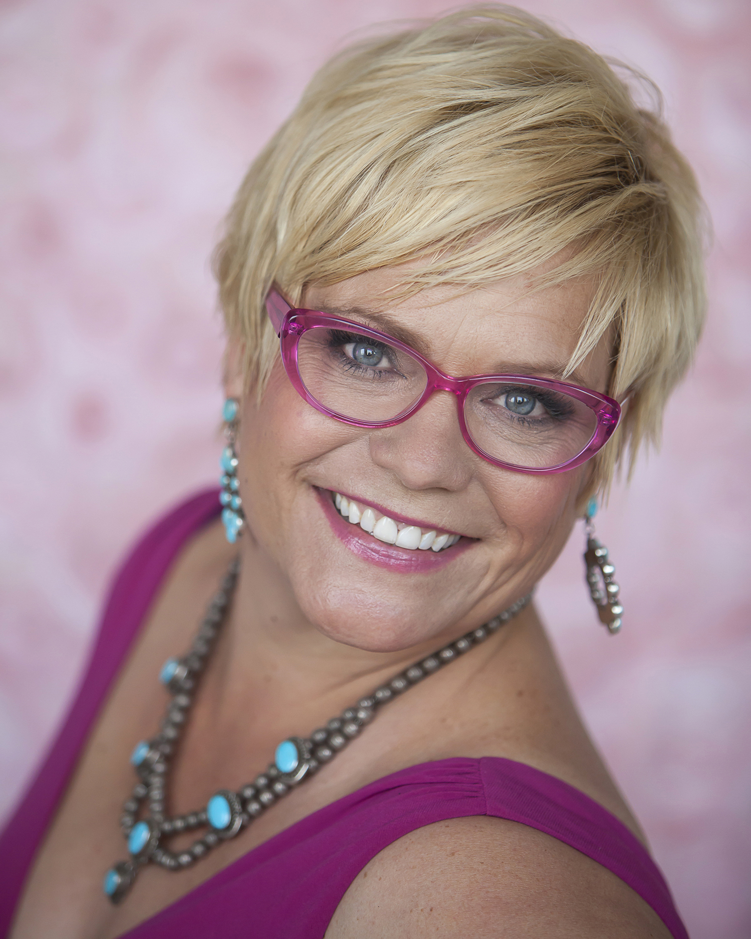 personal branding headshots for blogger in natural light studio in Denver with photographer Jennifer Koskinen