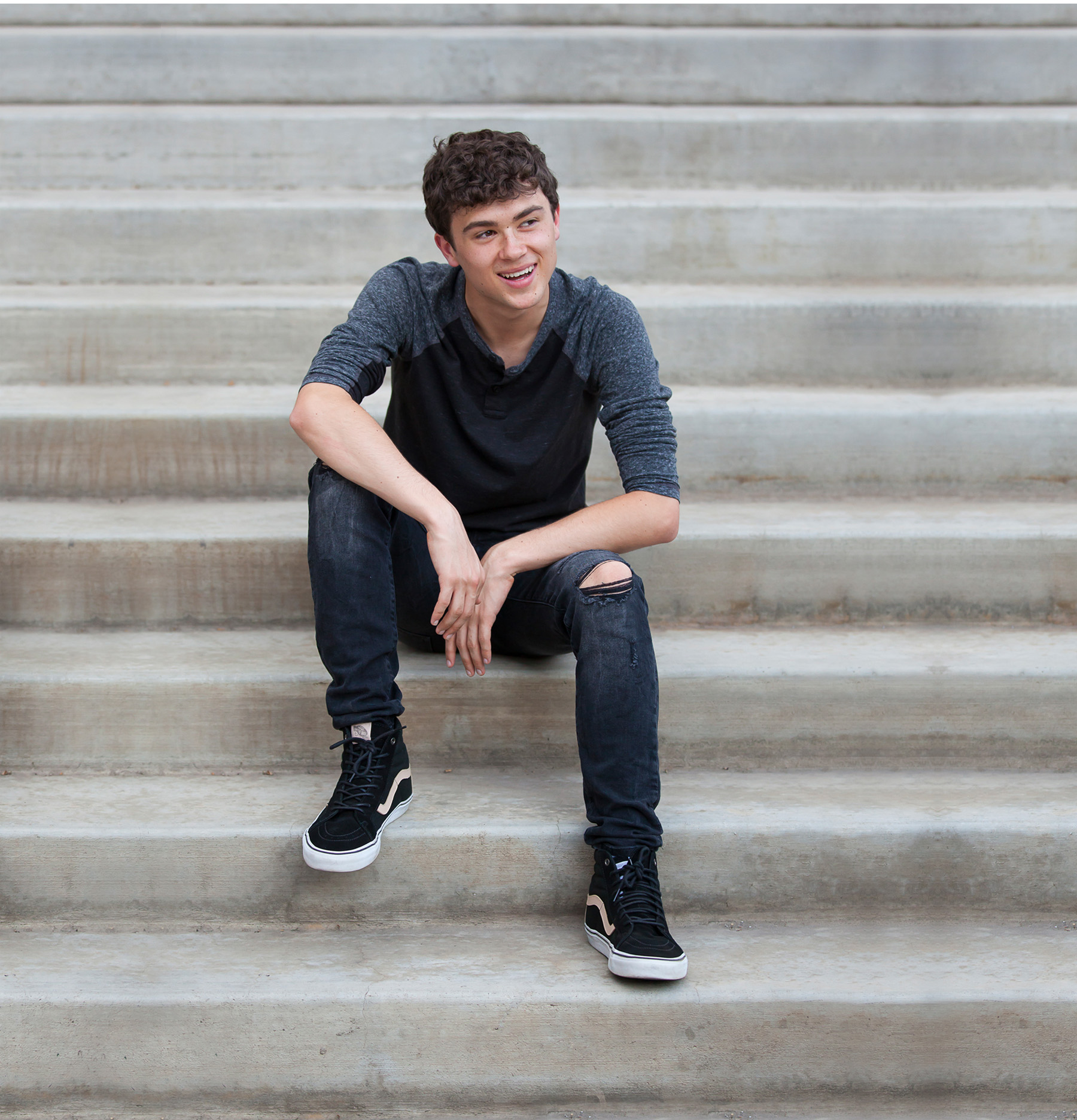 Casual urban Senior Pictures on stairs with Denver photographer Jennifer Koskinen, Merritt Portrait Studio