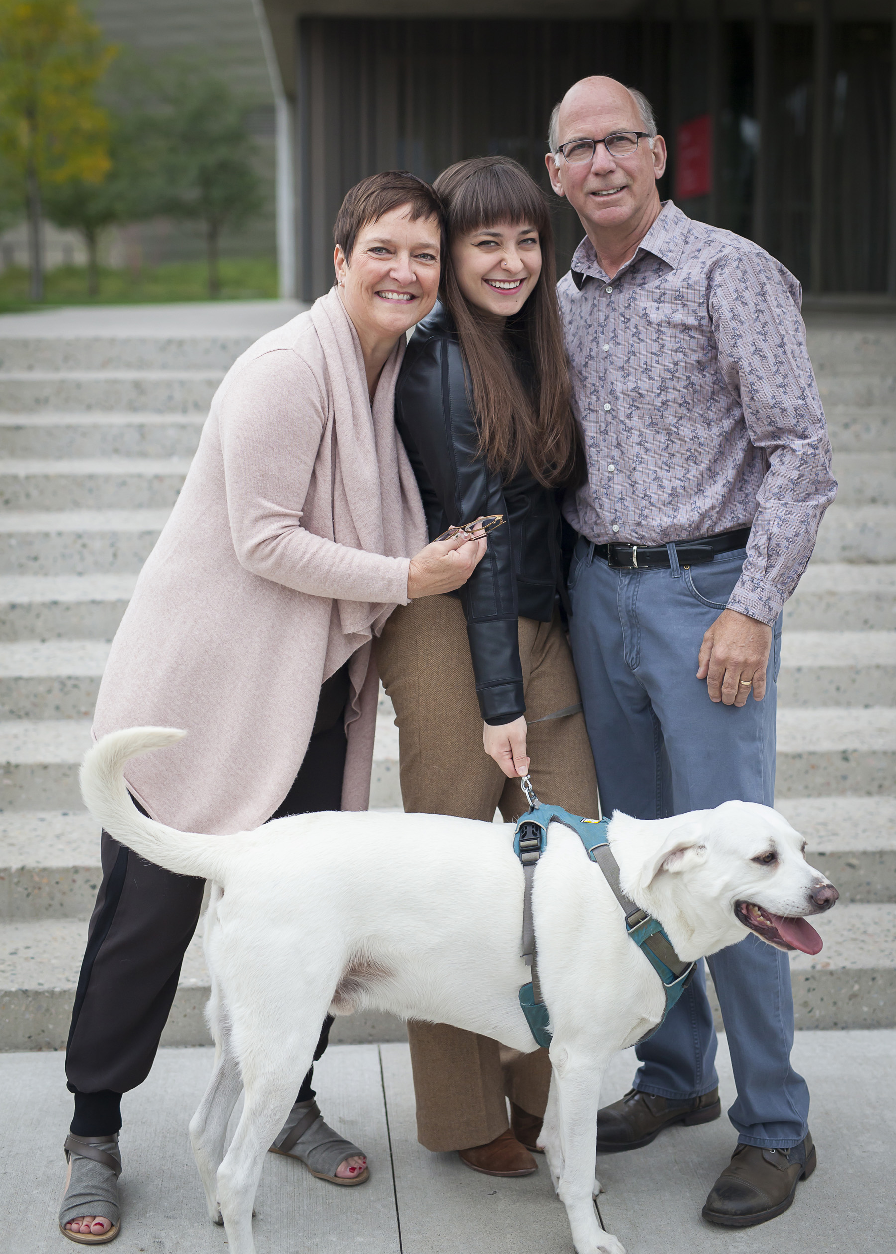 Senior Portrait with family and dog in Denver, photographer Jennifer Koskinen