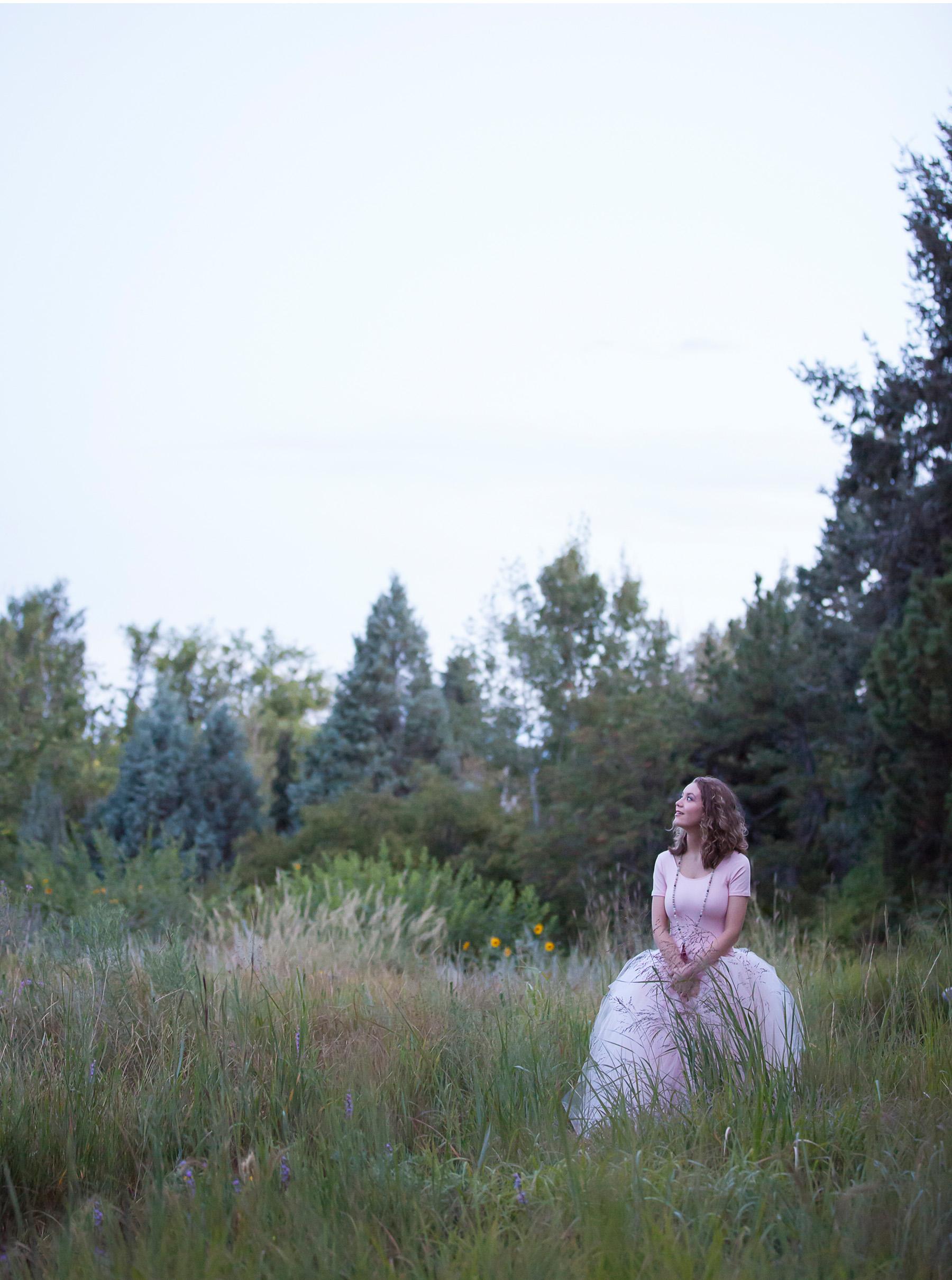 High School Senior Pictures at dusk at Denver Botanic Gardens, photographer Jennifer Koskinen, Merritt Portrait Studio