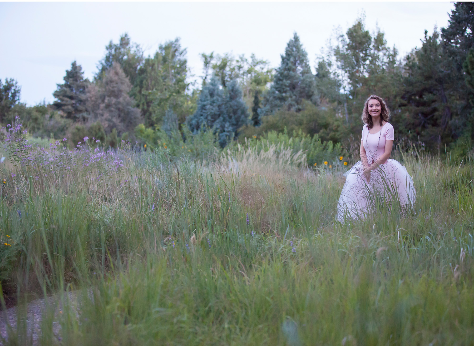 High School Senior Pictures at dusk at Denver Botanic Gardens, photographer Jennifer Koskinen, Merritt Portrait Studio