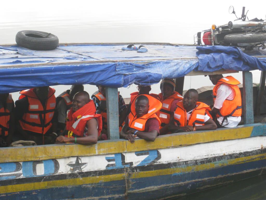 """Alle Ausbilder in einem Boot – Ausflug mit """"THE HAMBURG!"""