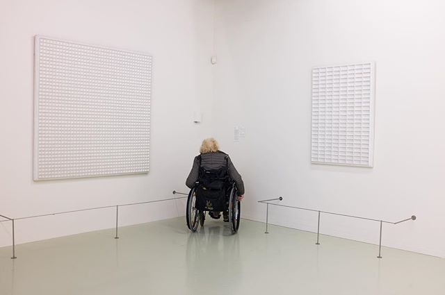 Kijken met een grote K. #9 Het is geen straf om naar het werk van Schoonhoven te kijken... #Kunst #Art #abstracte kunst #Photography #Fotografie #Schoonhoven #JanSchoonhoven #Nulgroep #objectieve #reliëfsKunst #StedelijkMuseumSchiedam #abstract #abstracte kunst #Delft #DelftseKunstenaar