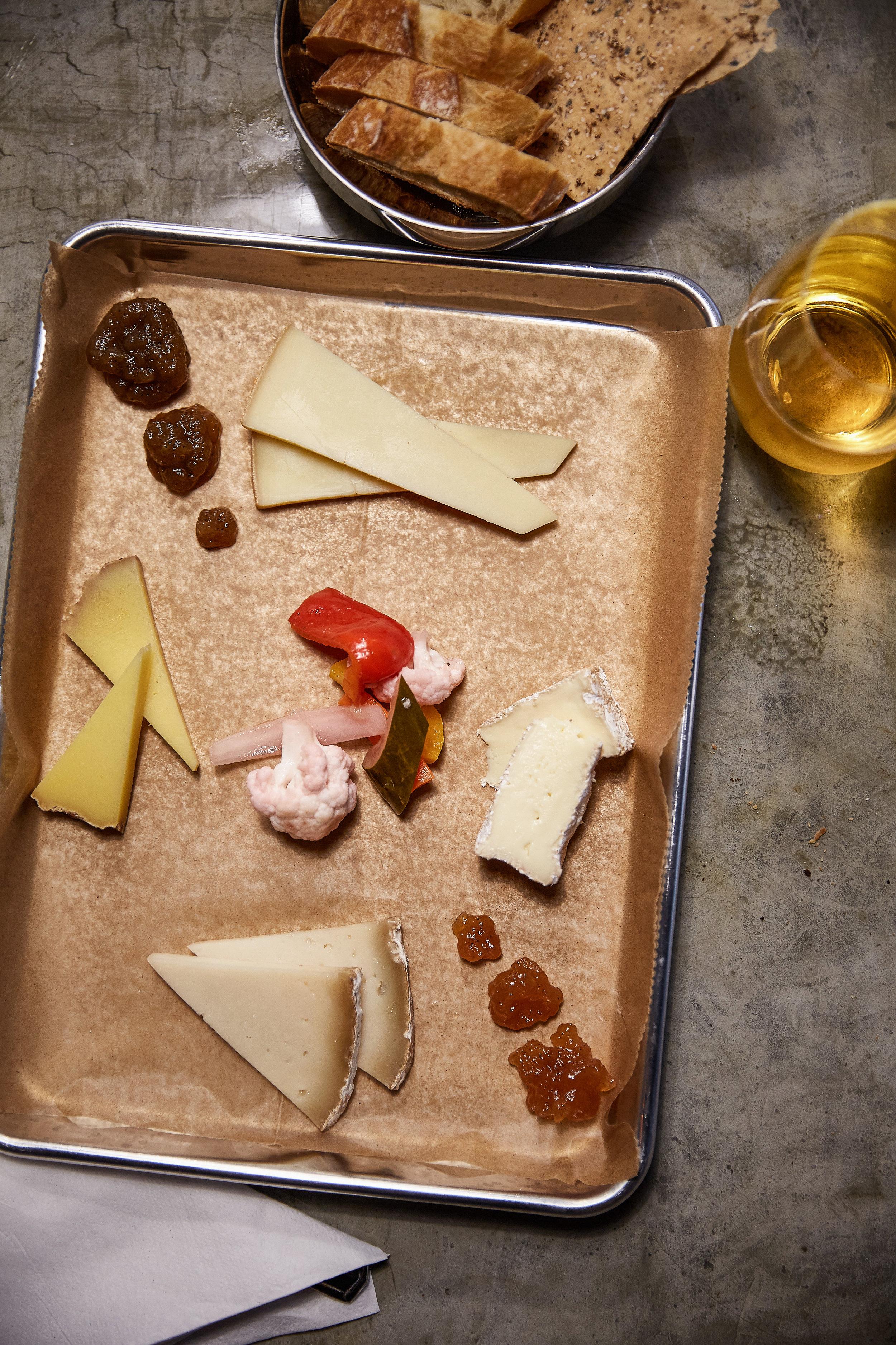 bar-snack-cheese-board-1.jpg